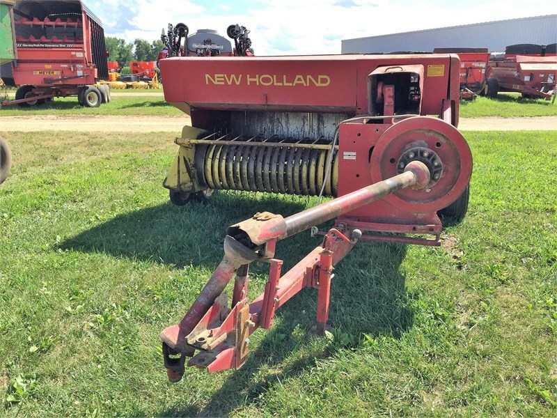 New Holland 276 Baler-Square For Sale