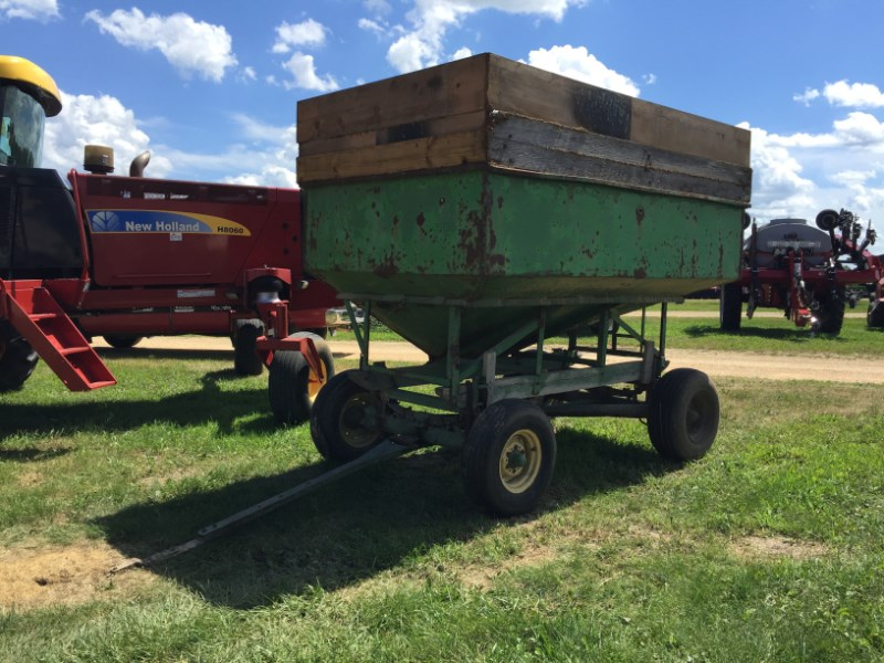 John Deere  Gravity Box For Sale