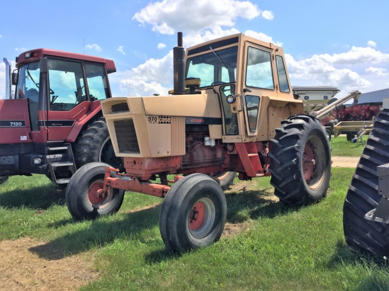 1972 Case 970 Agri King Tractor For Sale