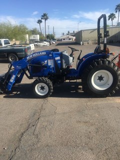Tractor :  New Holland WM37