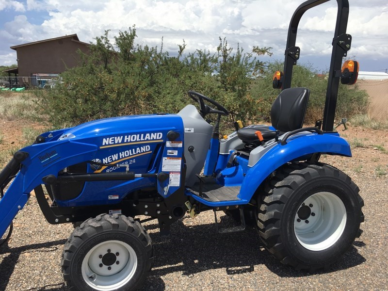 New Holland WM37 Tractor