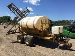 Sprayer-Pull Type For Sale:  Ag Chem 1000