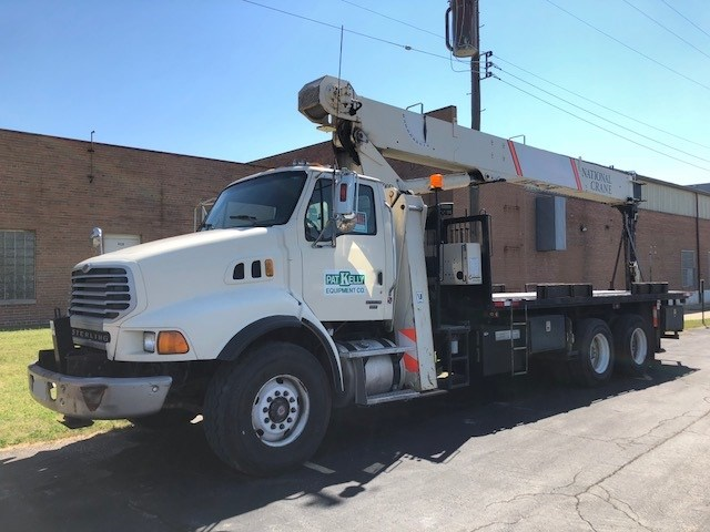 2006 National Crane 890D Boom Truck For Sale