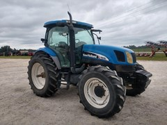 Tractor For Sale 2004 New Holland TS115A , 115 HP