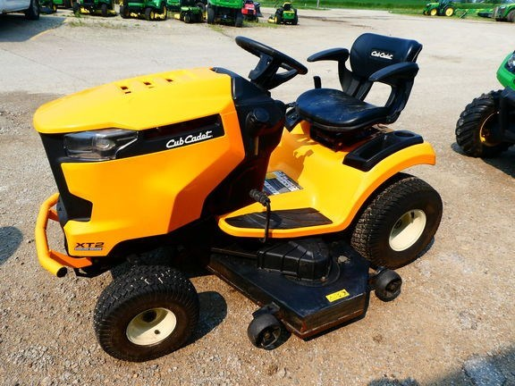 2014 Cub Cadet XT2 ENDURO SERIES Riding Mower For Sale