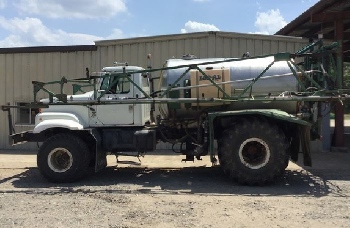 1995 Loral Easy Rider Floater/High Clearance Spreader For Sale