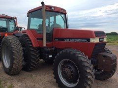 Tractor For Sale 1990 Case IH 7130