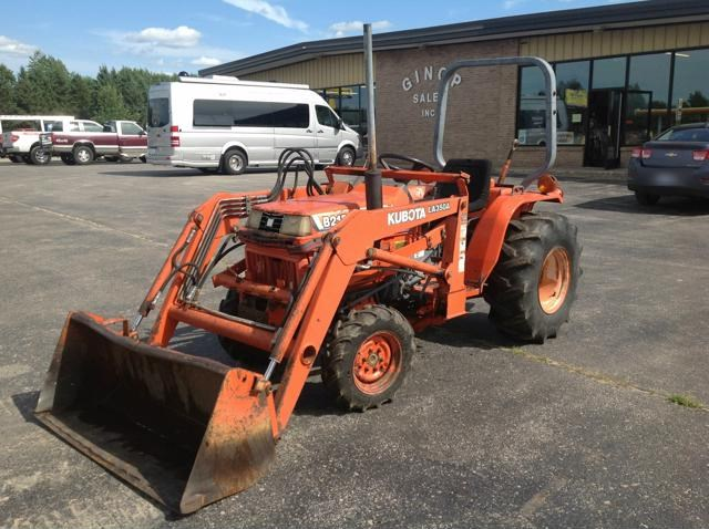 1996 Kubota B2150HSD Tractor For Sale