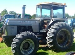 Tractor For Sale AGCO White 2-105