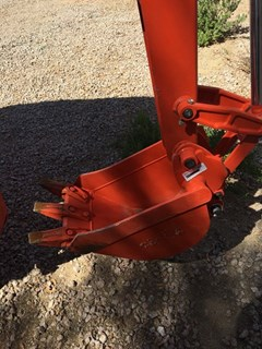 Bucket :  Kubota BT1971