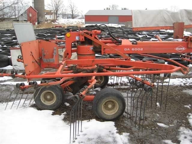 2002 Kuhn GA6002 Tedder For Sale