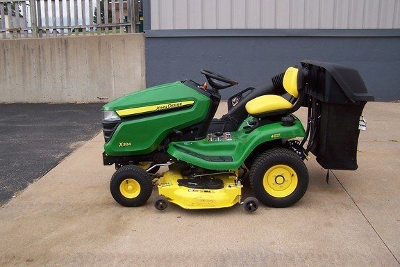 2014 John Deere X324 Riding Mower For Sale
