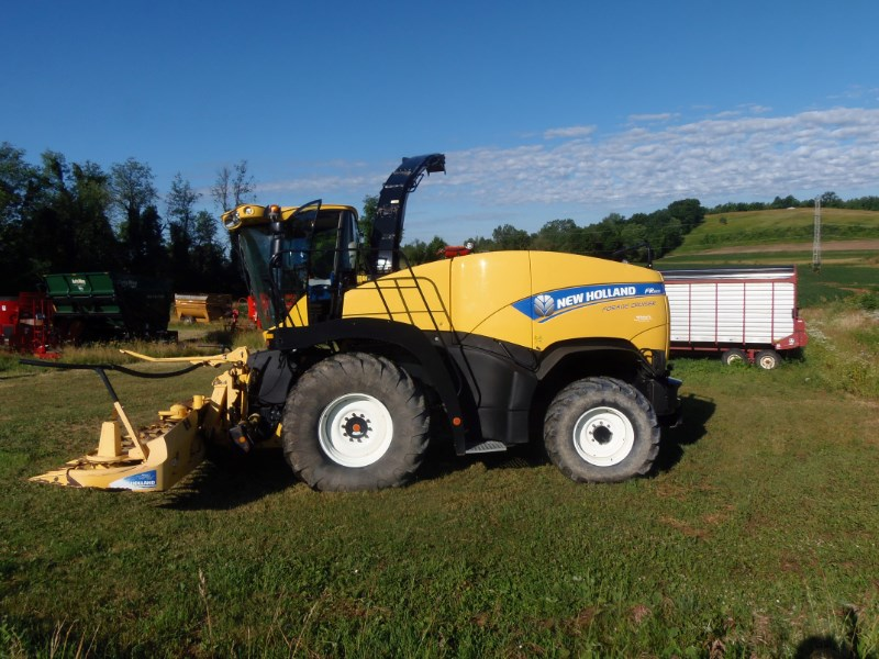 2013 New Holland FR600 Forage Harvester-Self Propelled For Sale