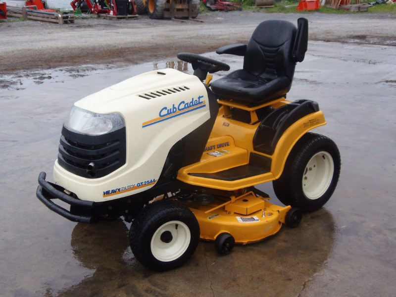 2010 Cub Cadet GT2544 Riding Mower For Sale