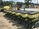 Planter For Sale:  2001 John Deere 1730