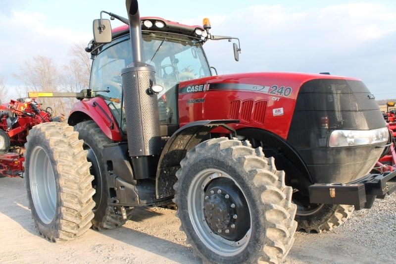 2018 Case IH Magnum 240 CVT Tractor For Sale