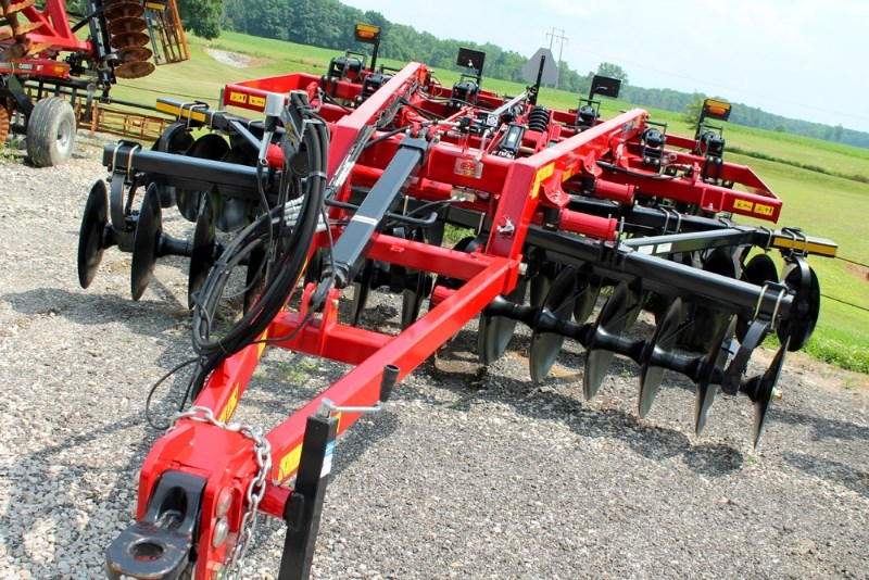 2018 Case IH 875-7 Disk Ripper For Sale