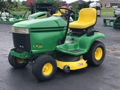Riding Mower For Sale:  2002 John Deere LX266 , 16 HP