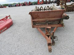 Manure Spreader-Dry For Sale 1989 Allis Chalmers 140