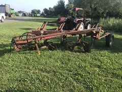 Plow-Moldboard For Sale IH 710