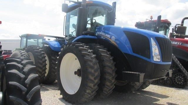 2013 New Holland T9.450 Tractor For Sale