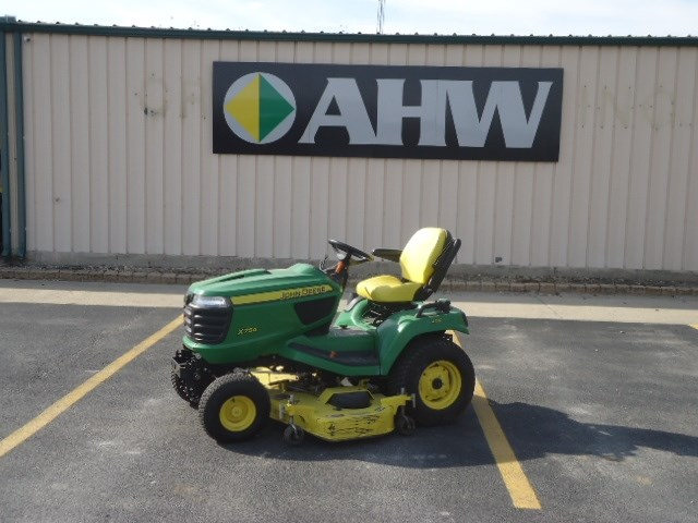 2014 John Deere X754 Riding Mower For Sale