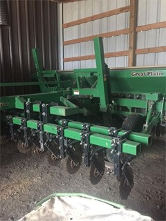 Grain Drill For Sale 1996 Great Plains SOLID STAND 1500