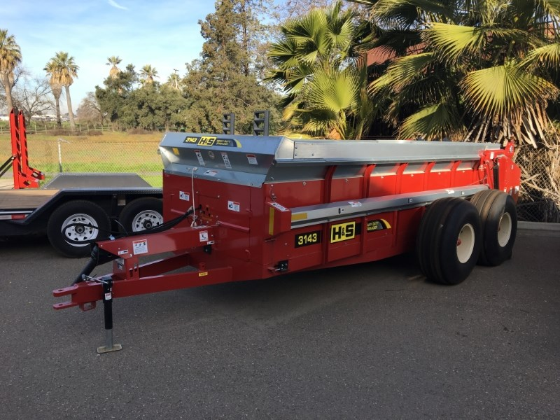 H & S DT-1025-R-HYD Manure Spreader-Dry/Truck Mounted For Sale