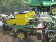 Planter For Sale John Deere 1700