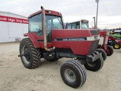 Tractor For Sale 1990 Case IH 7120
