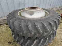 Hay Rake-Dual Bar For Sale 2007 Case IH 18.4 x 42 combine duals