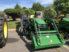 Tractor For Sale 2010 John Deere 2320 , 24 HP