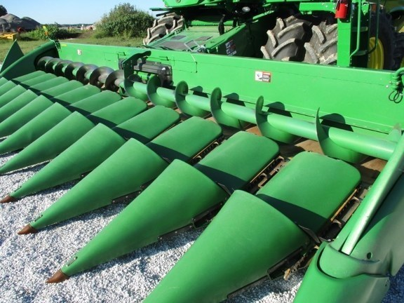 2011 John Deere 612 Header-Corn For Sale