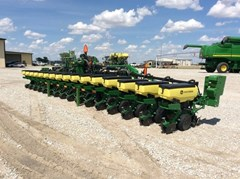 Planter For Sale 2017 John Deere 1725
