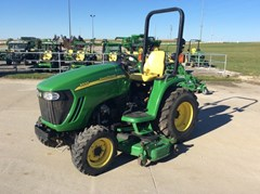 Tractor For Sale 2005 John Deere 3320 , 32 HP