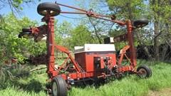 Planter For Sale International 800 cyclo air