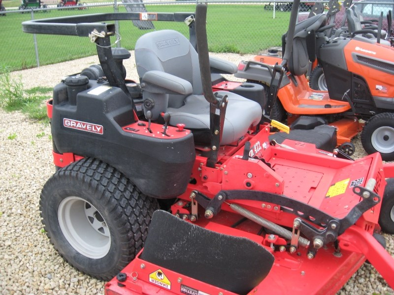 2015 Gravely PT472 Riding Mower For Sale