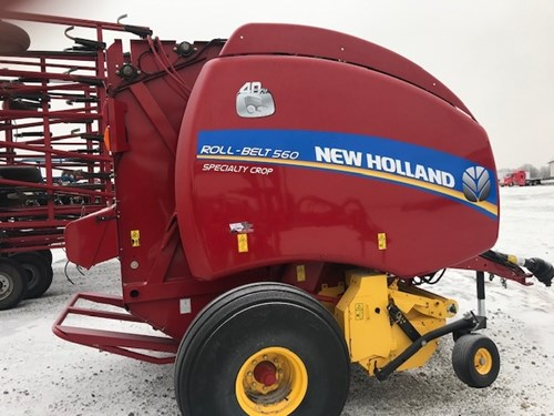 Baler-Round For Sale:  2015 New Holland RB560