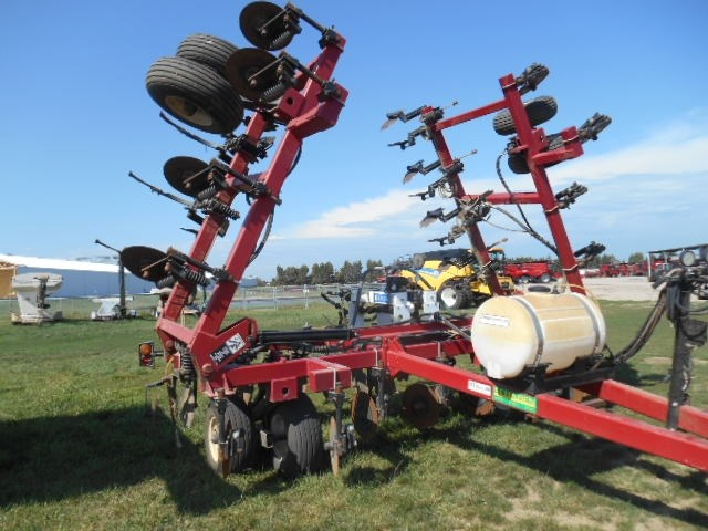 Dalton DW6035 Liquid Fertilizer-Pull Type For Sale