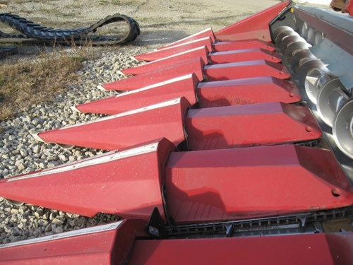 Header-Corn For Sale:  2011 Drago 830