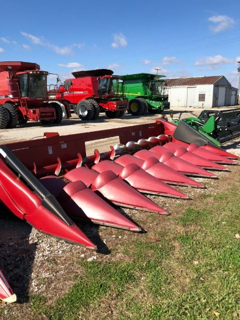 2011 Case IH 3208 Header-Corn For Sale