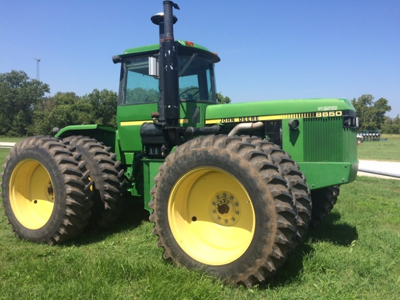 1985 John Deere 8650 Tractor For Sale