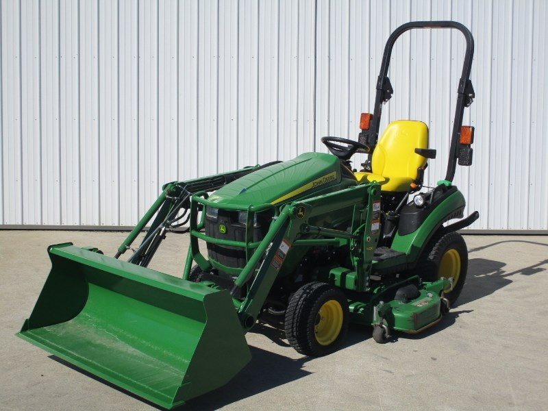 2015 John Deere 1025R Tractor - Compact For Sale