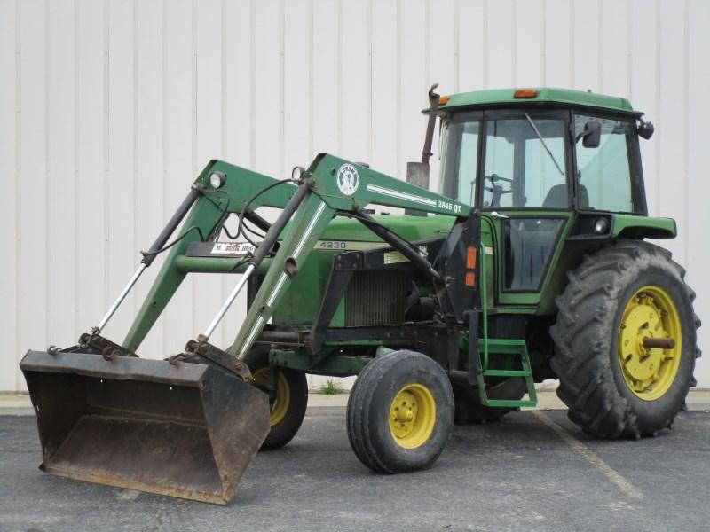 1975 John Deere 4230 Tractor For Sale