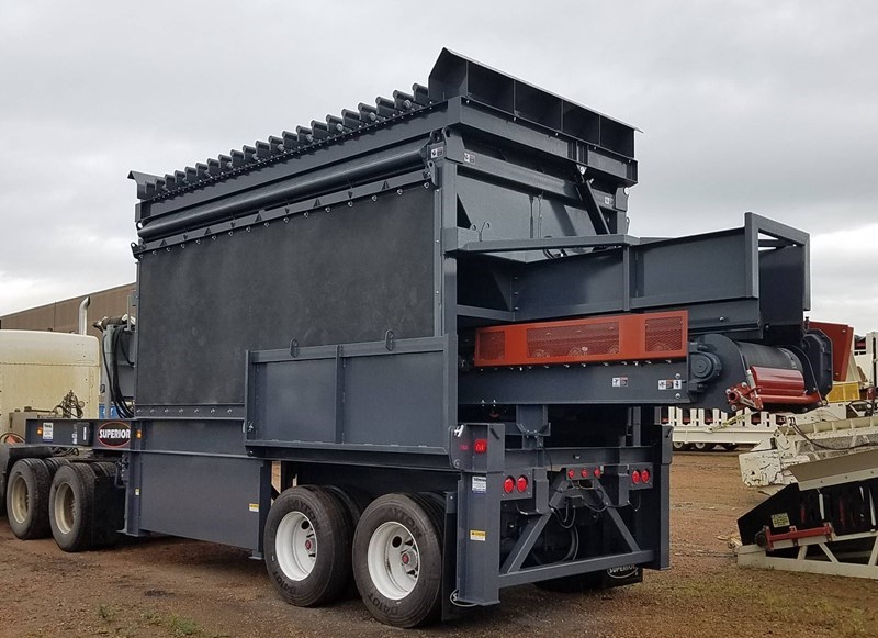 2018 Superior 3618SBF Feeder For Sale