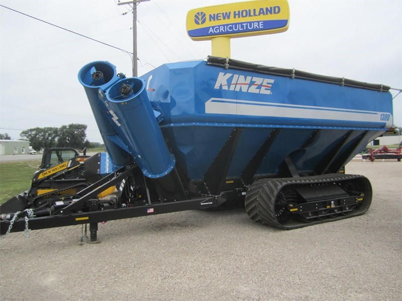 2018 Kinze 1300 Grain Cart For Sale