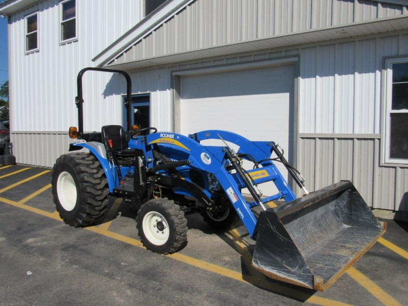 2010 New Holland Boomer 35 Tractor For Sale