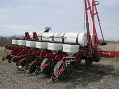 Planter For Sale 1994 White 6182