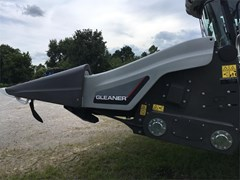 Header-Row Crop For Sale 2018 Gleaner 3308