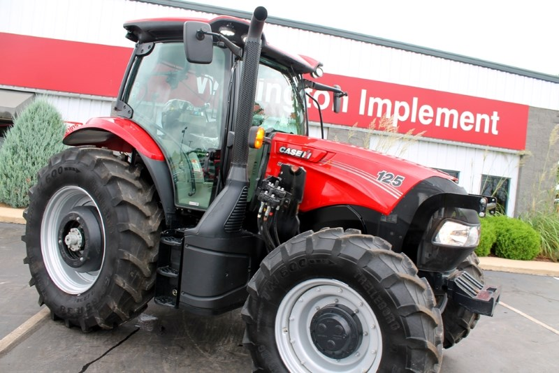 2017 Case IH Maxxum 125 MC Tractor For Sale